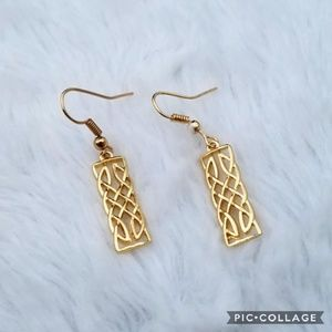 🔥CLOSING MONDAY🔥new+ boutique gold earrings